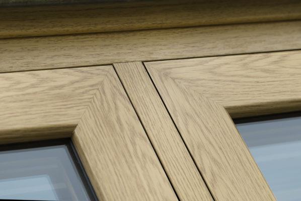 Infinity Flush Joint Close Up English Oak
